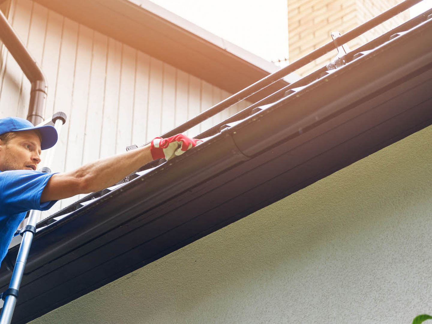 Find top-quality gutter repair services in the Framingham, MA area